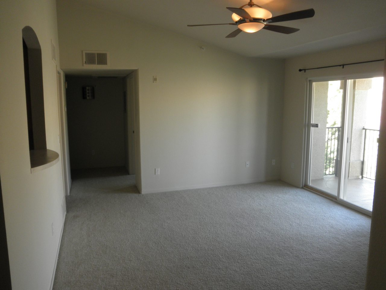 silver-creek-living-room-1-e1485140812167